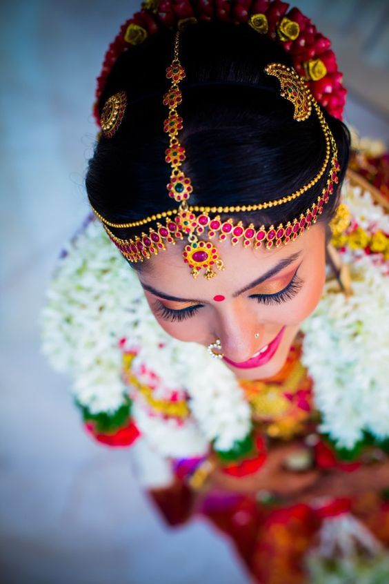 This bride is next level beautiful! #SouthIndian #bride #IndianWedding #pretty | Curated by Witty Vows - The ultimate guide for the Indian Bride | www.wittyvows.com