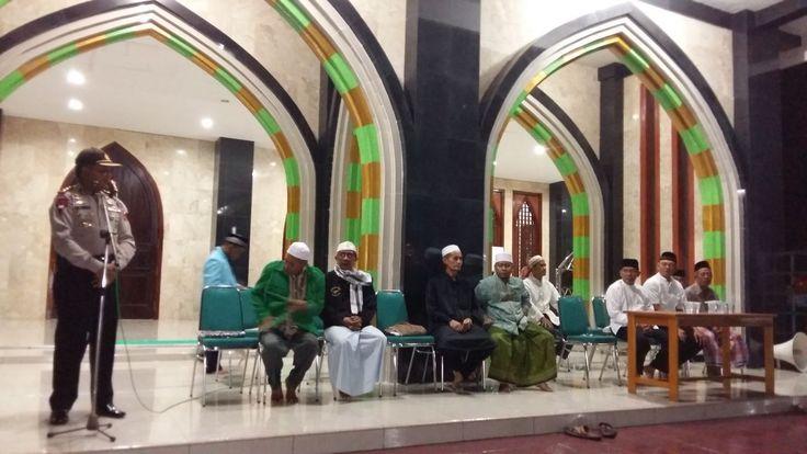 Kapolres Nabire Papua Pimpin Pengamanan Pawai Takbir Akbar Sambut Idul Fitri