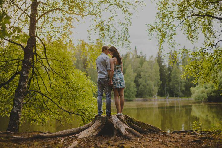 Kihlakuva // Engagement photography // Hämeenlinna, Finland