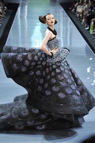 Christian Dior Couture Fall 2008 - The Most Mind-Blowing Couture Gowns of the Last Five Years - StyleBistro