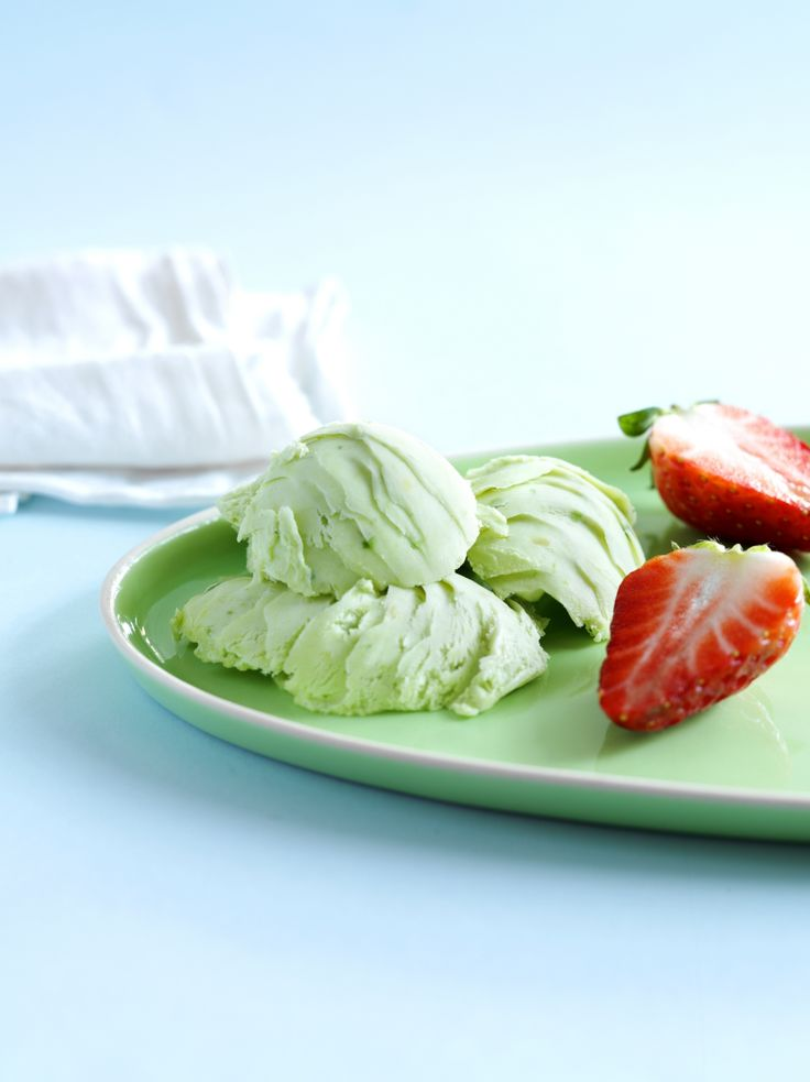 Avokado sopii myös jäätelöön! Kokeile: http://www.dansukker.fi/fi/resepteja/avokadojaatelo.aspx