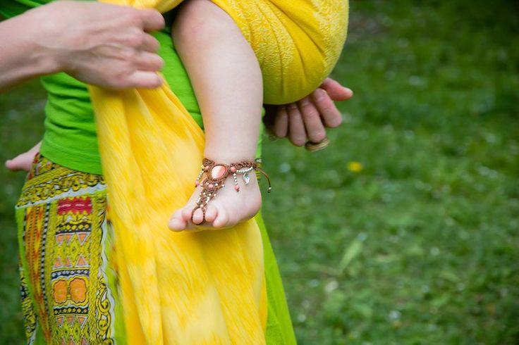 #babywearing #barefoot_sandals #baby_fashion #summer_photoprop #babywearing_fashion #baby_barefoot #micromacrame