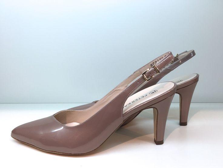 Peter Kaiser Slingpumps  http://shop.stoeckelwild.eu/schuhe/peter-kaiser-sling-pumps-lack-metallicleder/