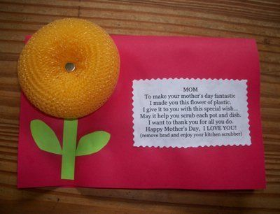 """An easy card to make your mom for Mother's Day. This is an inexpensive craft to make if you don't have a lot of money to spend on a card. The pot scrubbers only cost $1.00 for 4 in a pack. Maybe the kids could make one for Grandma, too. Just change the poem to grandma instead of mom. Also if there's more than one child you could change all the """"I"""" in the poem to """"we."""""""