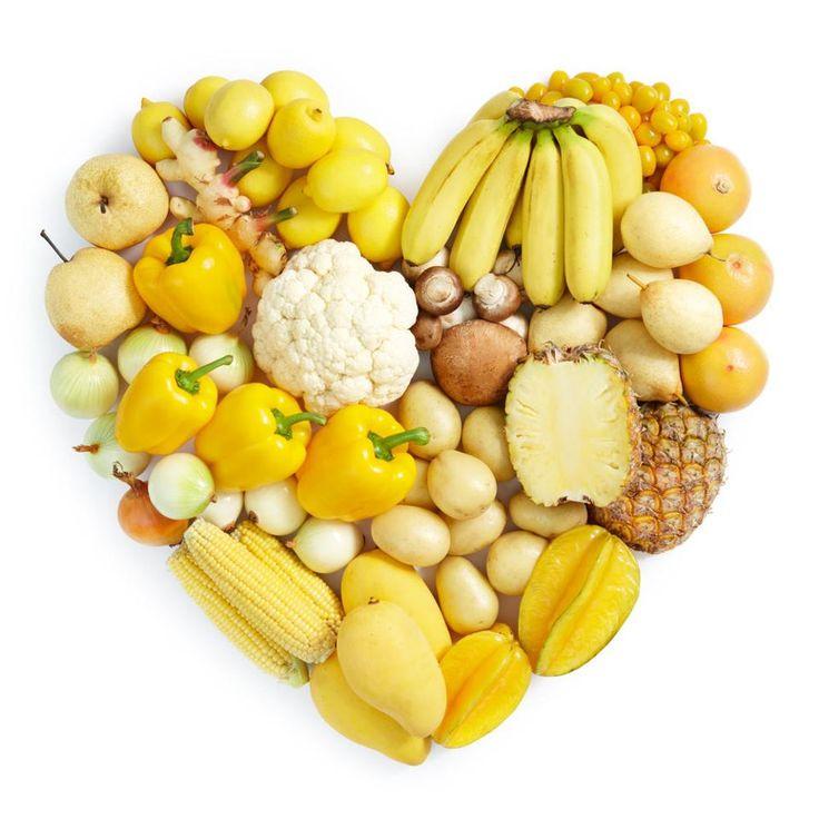 Бета-каротинът е основното хранително вещество, отговорно за жълтите и оранжеви цветове на плодовете и зеленчуците. Свързан с него е и алфа-каротинът.  Човешкият организъм трансформира двата каротина във витамин А, който подпомага дейността на почти всички вътрешни органи.  Каротините са мощни антиоксиданти, които активно участват в здравето на имунната система и подхранват костите. Те могат спомагат за забавяне процеса на стареене, както и свързани с него заболявания – деменция, Алцхаймер и…