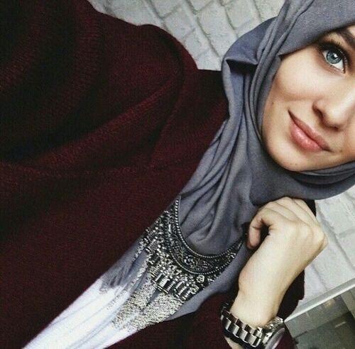 Pretty Hijab Style