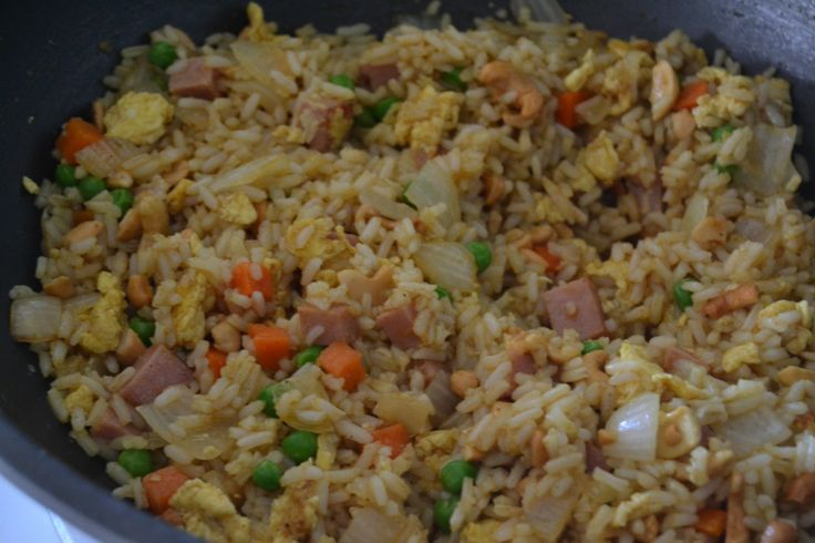Hawaiian Fried Rice- less soy sauce & curry and more pineapple juice ...