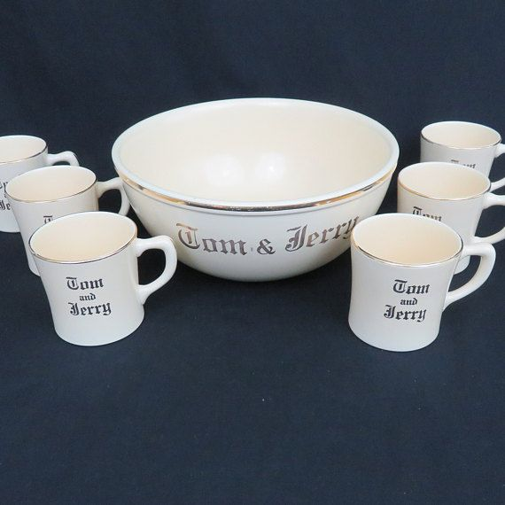 Homer Laughlin Tom And Jerry Punch Set With 6 Cups And Ladle Mid Century Cream And Gold 7 Piece Set Cream And Gold Tom And Jerry Homer Laughlin