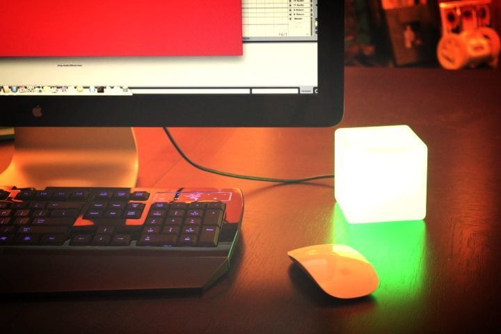 Collection of 'Smart Desktop Gadgets for You' from all over the world