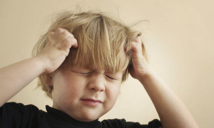 «Κύριε, κάνε μας καλύτερους γονείς. Δίδαξε μας να καταλαβαίνουμε τα παιδιά μας... Να ακούμε υπομονετικά ό,τι έχουν να μας πουν και να απαντάμε ευγενικά, όταν μας ρωτούν... Προφύλαξέ μας από τον κίνδυνο να φερόμαστε απότομα. Βοήθησέ μας, να μην πληγώνουμε τα αισθήματά τους. Βοήθησέ μας ,να