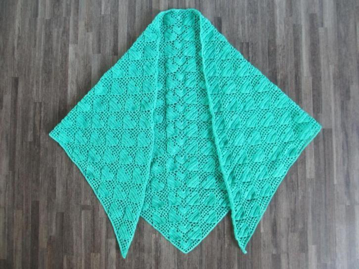 gehaakte sjaal/omslagdoek met harten katoen