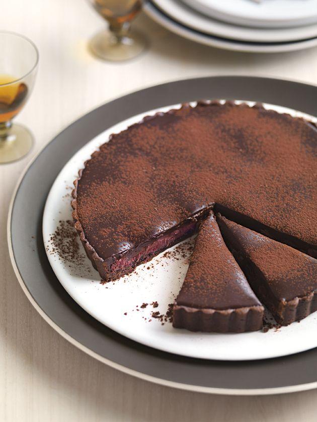 rhubarb and dark chocolate tart