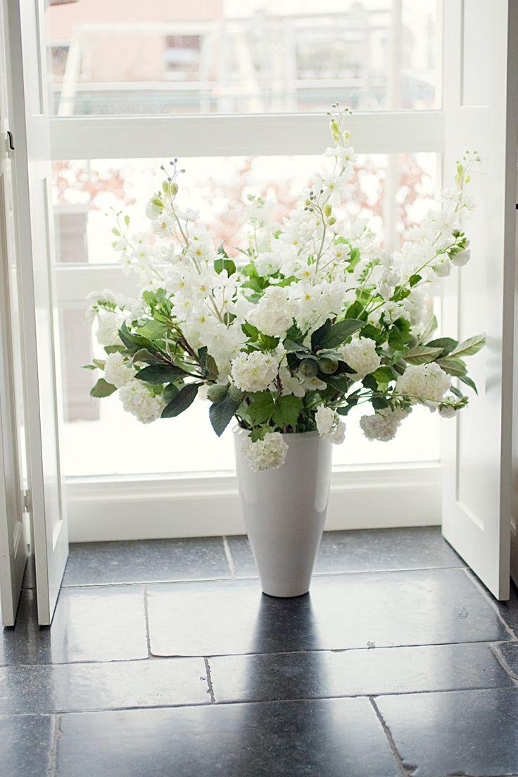 Boeket kunstbloemen, zijden bloemen, nep bloemen.