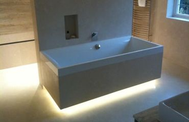 Install under:top unit:plinth light:per light