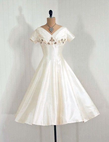 white: Wedding Dresses, 1950S Timeless, Receptions Dresses, Vixen Vintage, Classic Style, Dresses 1950S, Timeless Vixen, 1950S1960S Fashion, Vintage Clothing