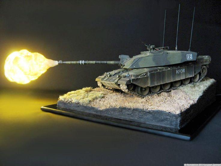 Challenger 2 KFOR 1/35 Scale Model