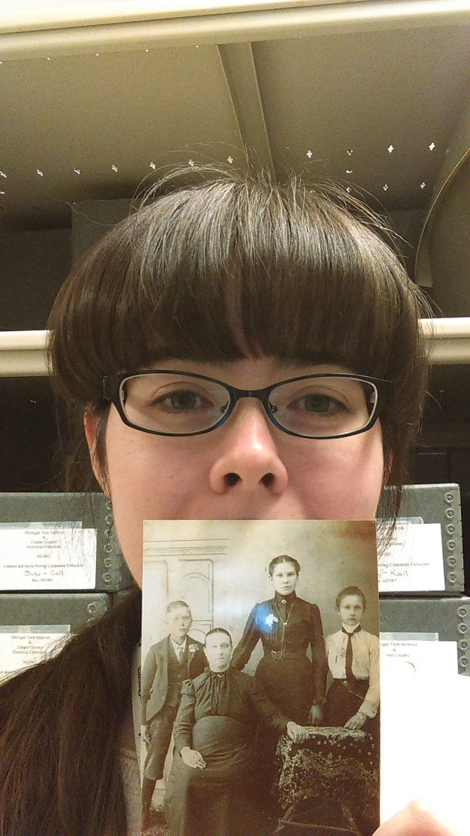 #GenealogySelfie - Twitter Search