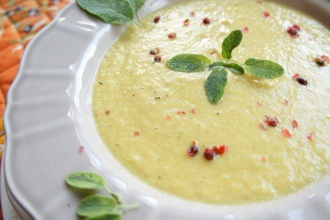 Cebulowo-porowy krem zupa. Fot. metadieta.pl