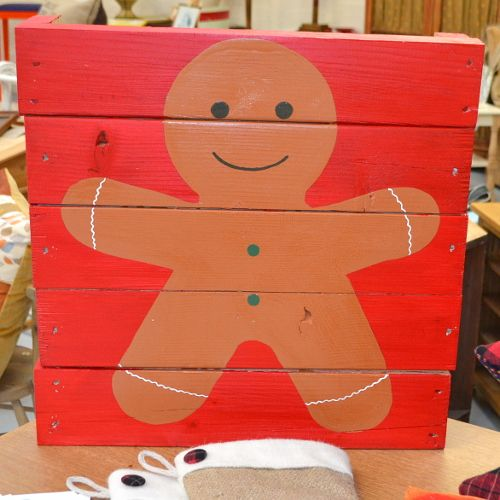 Christmas / xmas Gingerbread Man Pallet Art