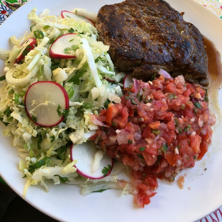 Steak and salad at El Loco in Surry Hills #nofilter #lowcarb #foodporn #food #steak #surryhills #sydney #australianproperty #australia #2016 #gettingitdone #livingthedream #investing #property #hustle #grantcardone #cashflow #realestate #realestateinvestor #healthybodyhealthymind #healthyfood #healthy #bodybuilding #gains #cutting #shredding