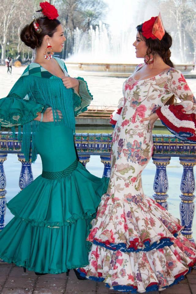 ▶️ Trajes de flamenca verde y estampado 💟 Diseños exclusivos de Viviana Iorio ▶️ Colección 2015, Sevilla, España 💌 info@vivianaioriotrajesdeflamenca.com