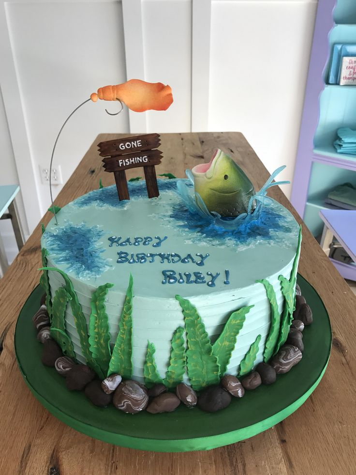 25 best ideas about fishing birthday cakes on pinterest for Fish birthday cake