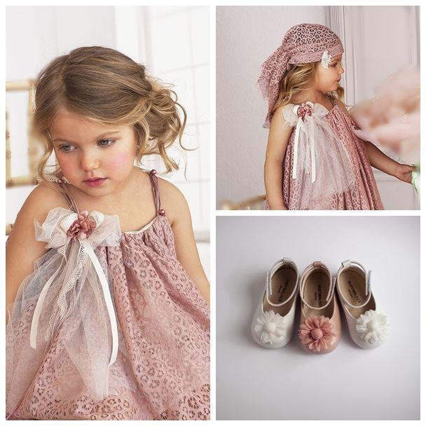 Βαπτιστικό Φόρεμα χειροποίητο και βαπτιστικά παπουτσάκια της BABYWALKER. Τα λόγια είναι περιττά.. www.angelscouture.gr το πιο εναλλακτικό eshop με βαπτιστικά