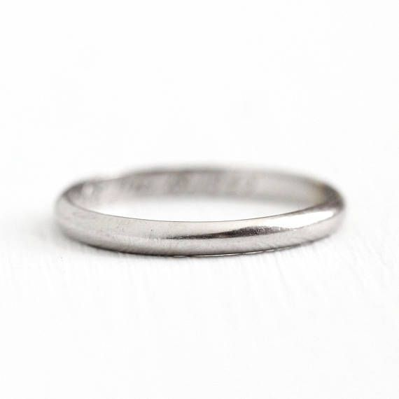 Platinum Wedding Band - Vintage Fine Dated 1945 Bridal Jewelry - Size 7 3/4 1940s Classic Retro Women's Fine Bridal Stacking Jewelry
