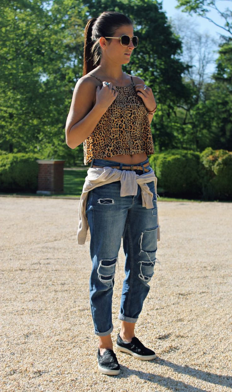 #tobebright #tildenbrighton #leopard #topshop #urbanoutfitters #stevemadden #sneakers #slipons #boyfriendjeans #croptop #casual #springfashion #outfitideas