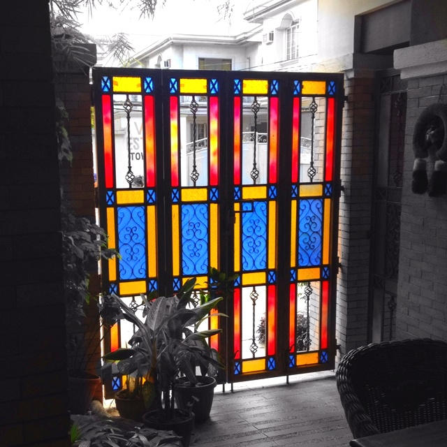 Stain glass gate
