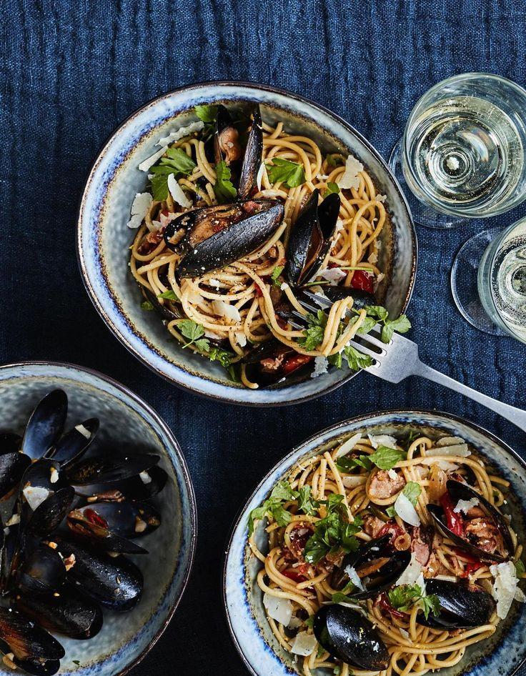 Simpukka-pekonispagetti | Kala, Liha, Juhli ja nauti, Pastat ja risotot | Soppa365