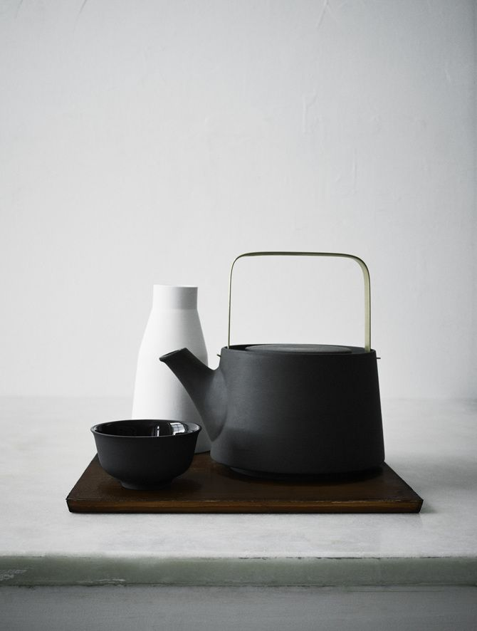 a quarterly delivery of elevated essentials for design enthusiasts @ minimalism.co  •••