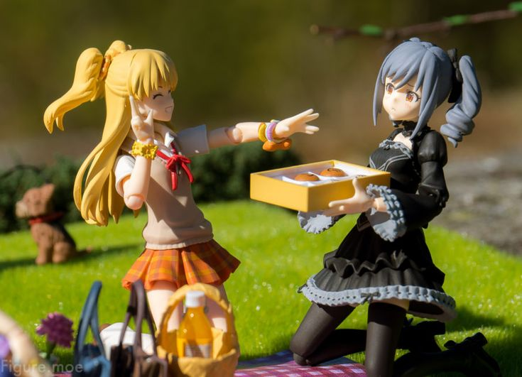 Summer, idols and picnics! It's also someone's special day today...? Check it out at https://figure.moe/idol-picnic/