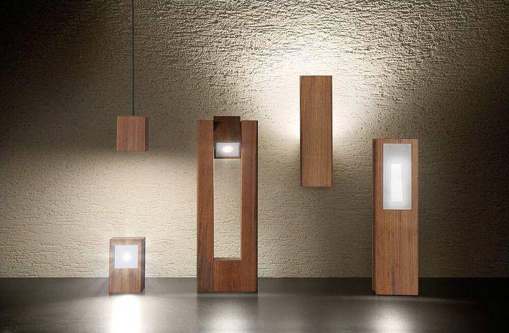 Conjunto de luminarias de exterior ideales para decorar nuestra terraza o jardin dn acsbado de madera con iluminación LED.  #madera #casa #homedecoration #cool #interiorismo #interiordesign #loveit #style #deco #decor #casa #instadecor #instadaily #picoftheday