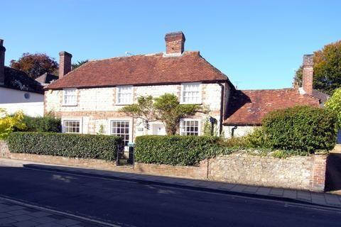 4 bedroom detached house for sale in 18 Church Street, Storrington, West Sussex, RH20