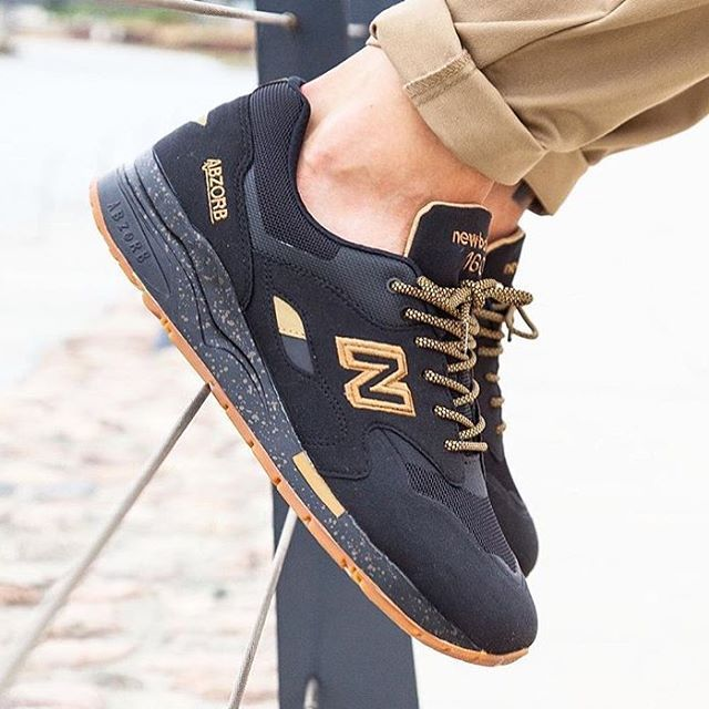 new balance 1600 black gum