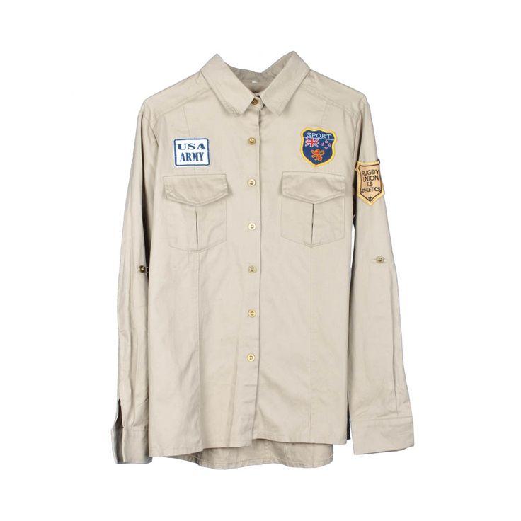 Camisa militar de mujer.