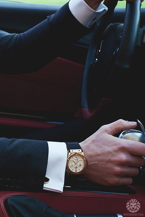 watchanish:  Mercedes SLR 722 x Hublot Classic Fusion Chronograph.More of our footage atWatchAnish.com.