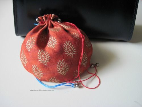Read my post and make a batwa! This post is a how-to DIY on making the perfect drawstring pouch accessory!