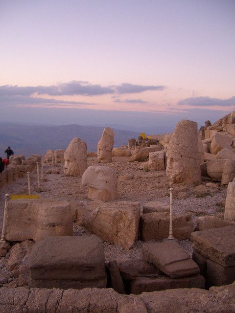 Mt Nemrut at Sunset   Flickr: Intercambio de fotos