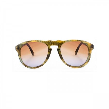Walter Melon sunglasses with a fluoline camo green frame. Gradient grey-brown lenses.