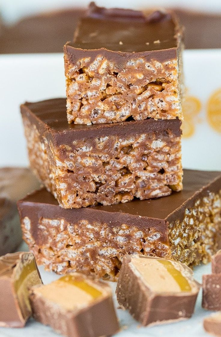 Classic Mars Bar squares, an old favorite for good reason, its chocolately, chewy and loaded with Mars Bar goodness!