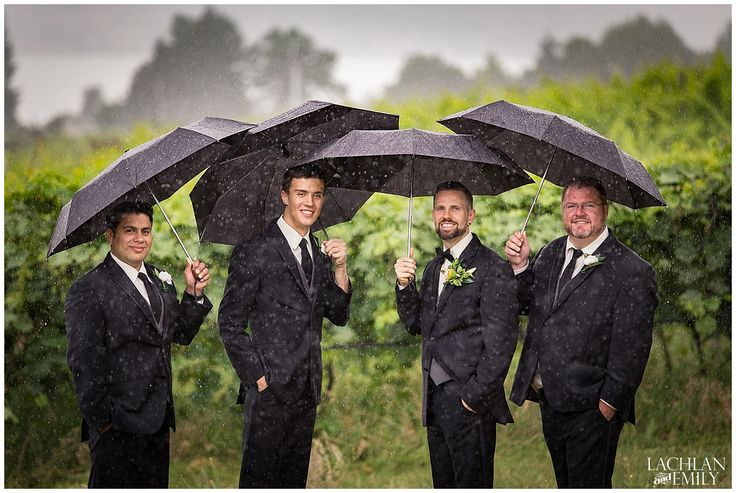 Kelowna Wedding Photography in the Summer at a Golf Club and a Winery