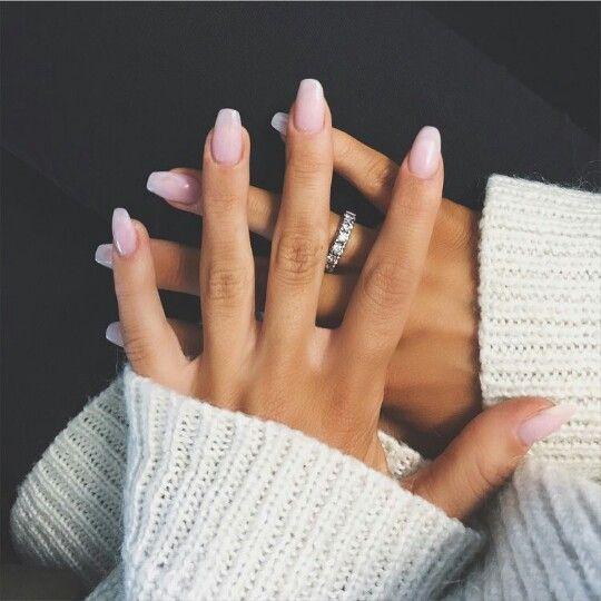 Cute light pink mani