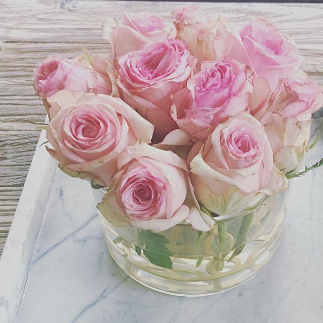 Hur man räddar trötta rosor och jakten på kul aktiviteter att göra med sin 1,5åring - nu på bloggen #rosor #klong #inskolning #mammablogg #föräldrarblogg #blommor
