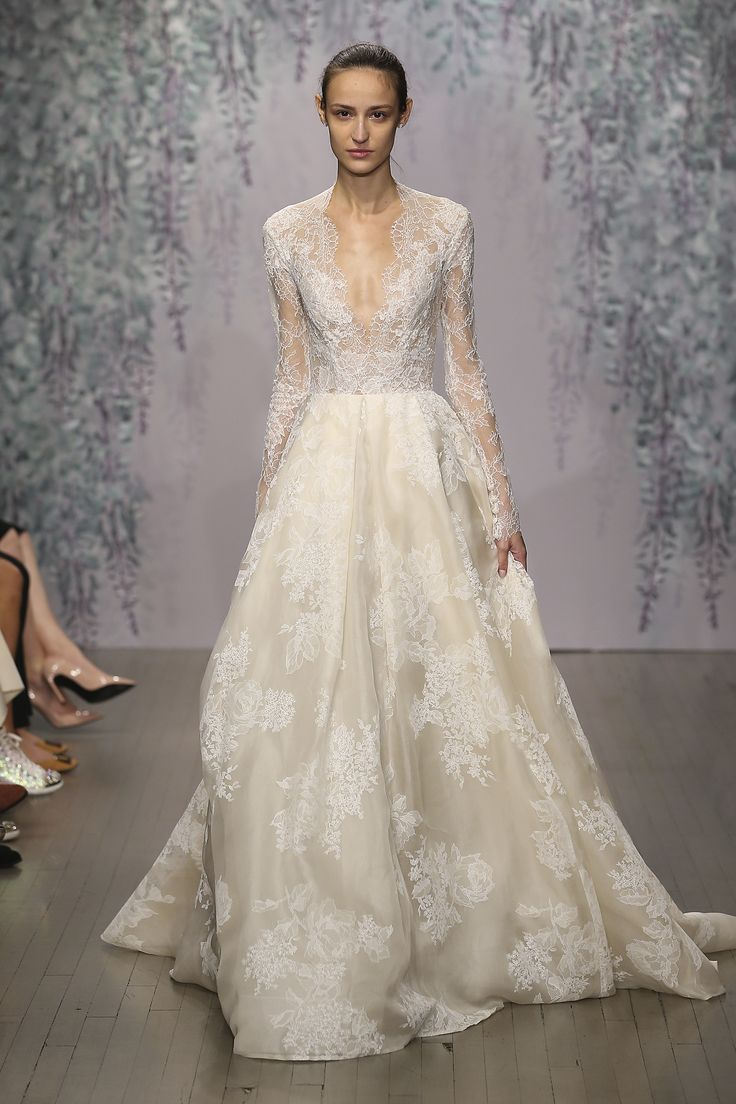 Funky Dior Wedding Gown Adornment - Best Evening Gown Inspiration ...