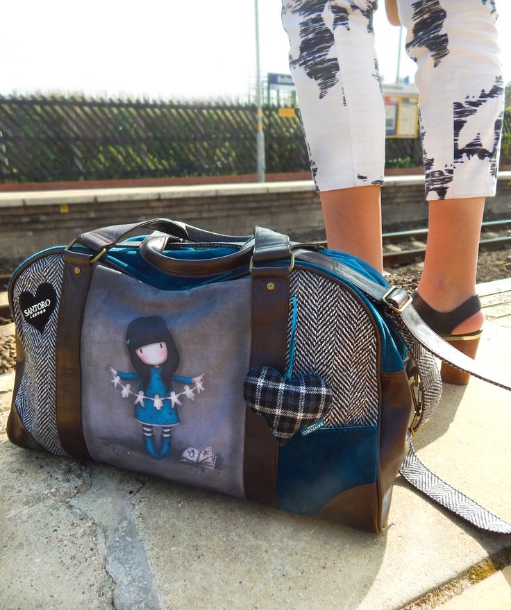 NEW! Weekender bag ... we <3 Shop the collection here: http://www.santoro-london.com/shop/collections/gorjuss/