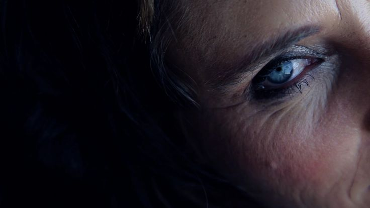 Beautiful blue eye - Cinematography - Ellis&King Directors