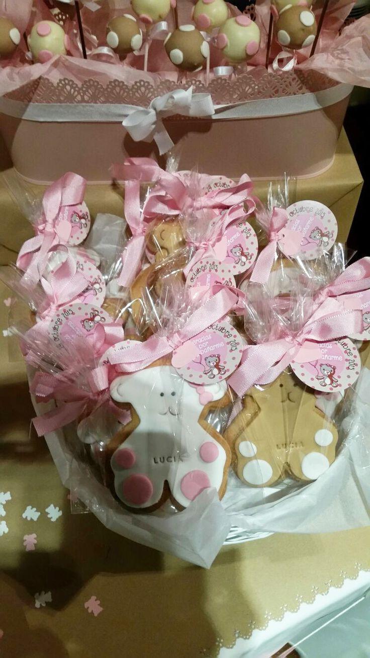 Mesa dulce de Bautizo para souvenir de invitados. Galletas personalizadas y CakePop.