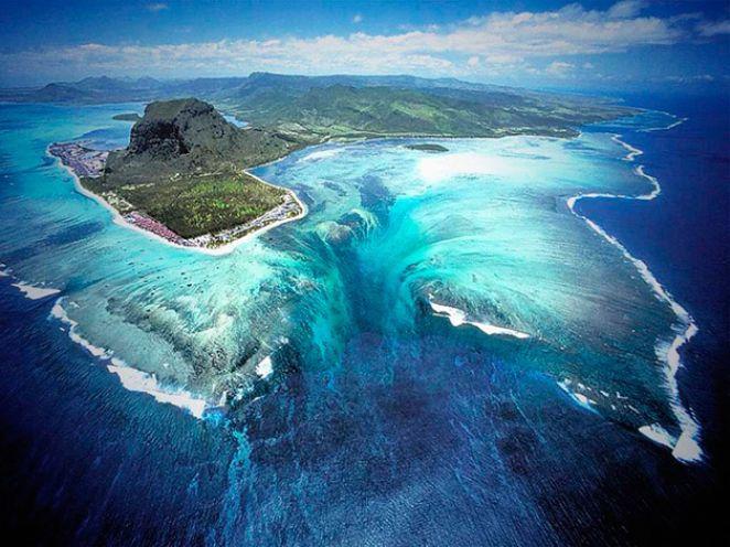 Além de suas praias paradisíacas, o grande destaque é uma